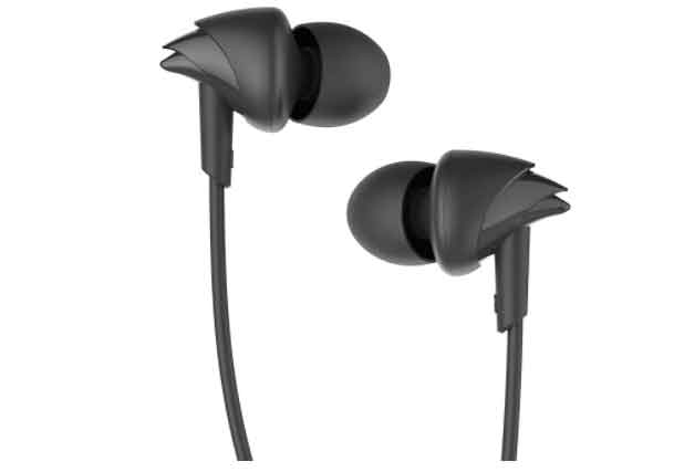 in ear wired headphone under five hundred in india